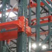 Warehouse drive-in structural pallet rack