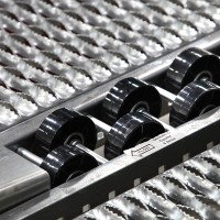 Industrial warehouse pallet rack system