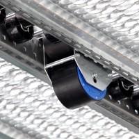 Warehouse shelving pallet flow break