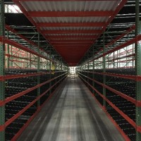 Warehouse storage shelving pick module