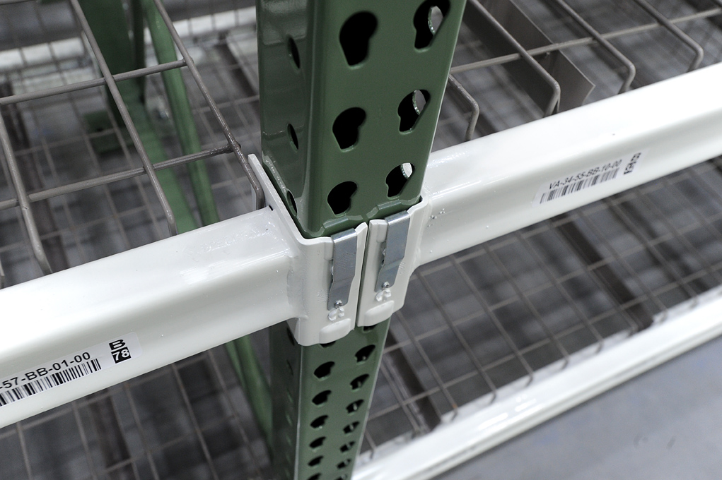 Warehouse bolted shelving frame
