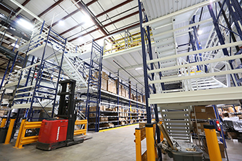 Apex Rack Supported Pick Module - Carton Flow