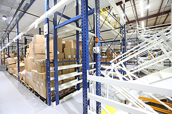 Apex Rack Supported Pick Module - Pallet Flow